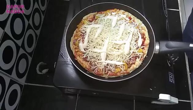 Cara Membuat Pizza Teflon - Dapur Nadda 17