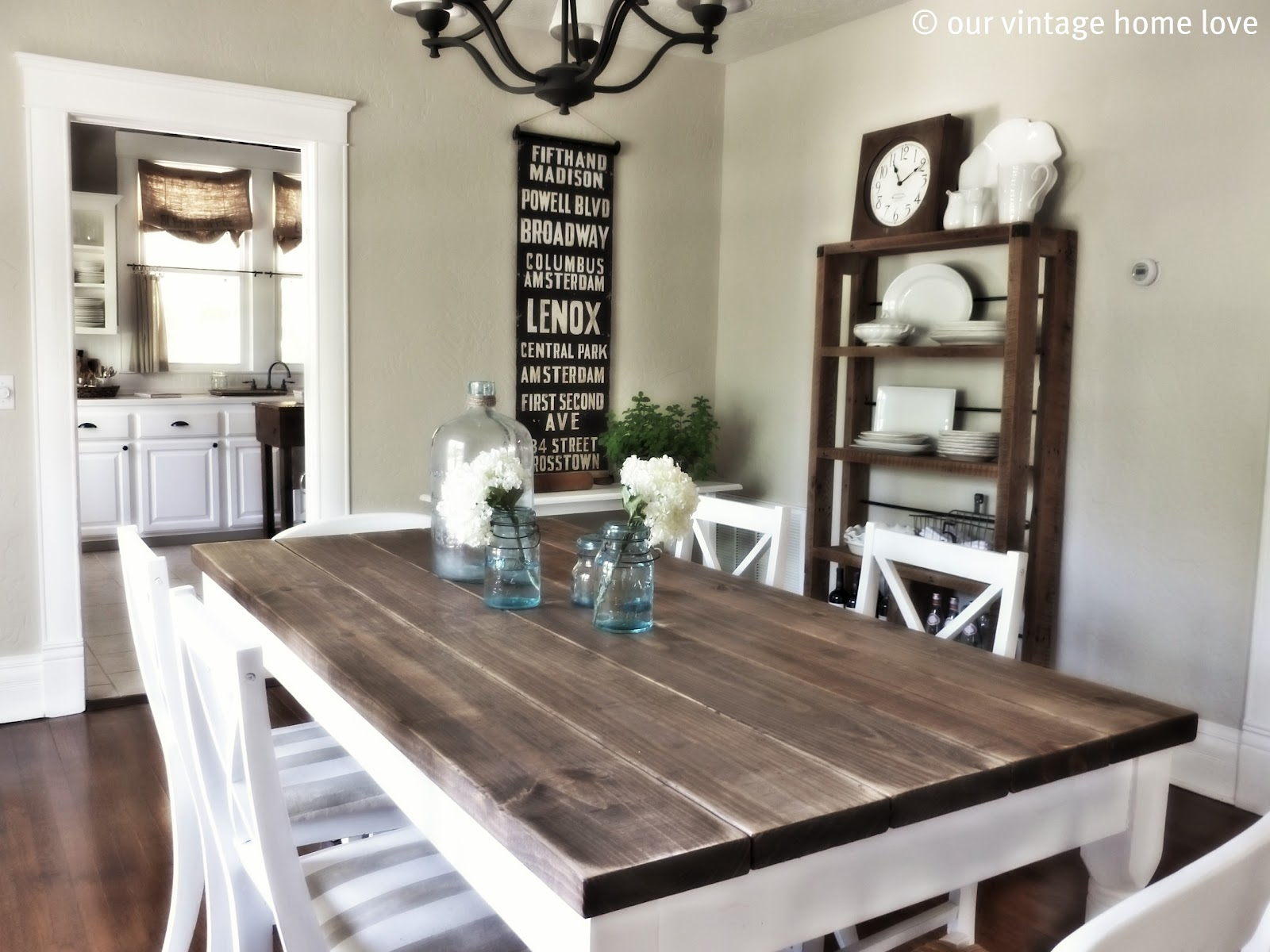 White And Wood Dining Room Table