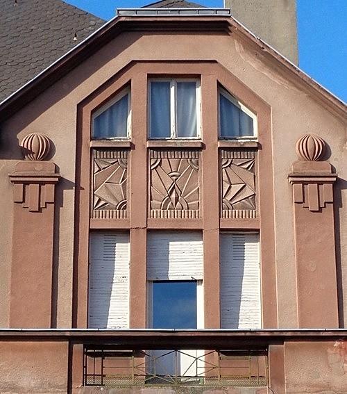 Le pays natal de jlj d cor art d co de 1937 thionville for Architecte thionville