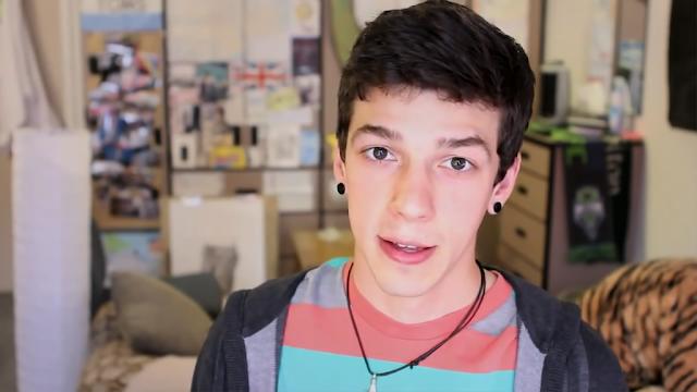 Adolescent lesbiennes tubes