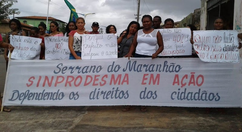 Em Serrano, Prefeito Maguila não paga e servidores da educação cruzam os braços.