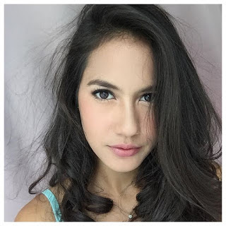 Foto Seksi Artis Pevita Pearce Part 1