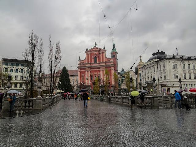 Ponte tripla, Igreja Franciscana e praça Prešernov - Liubliana - Eslovênia - Leste Europeu