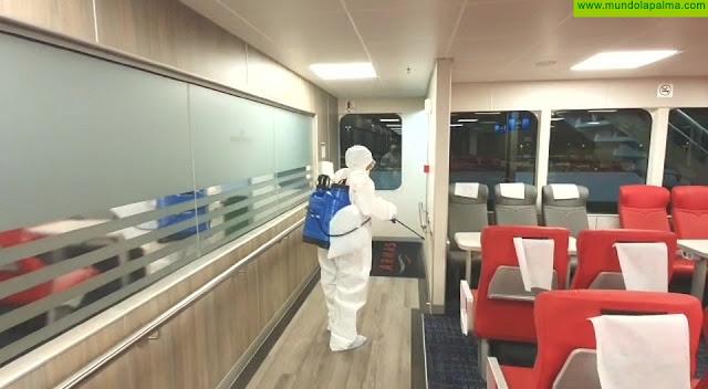 Naviera Armas cumple un exigente protocolo de higiene y desinfección en todos sus buques