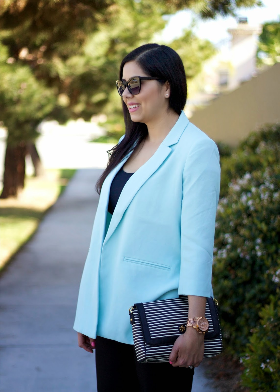 Forever 21 baby blue blazer, forever 21 cateye sunglasses, striped tory burch handbag, black and white striped purse, business attire in a chic way