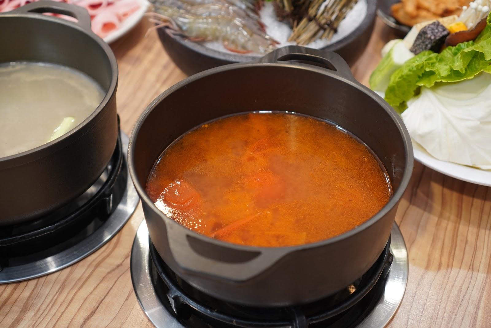 台南中西區美食【小蔡什鍋】餐點介紹 上選培根牛五花田野番茄鍋
