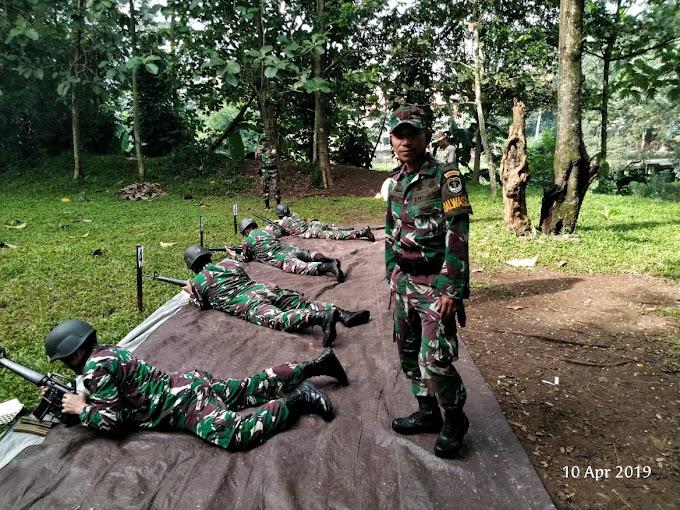Tingkatkan Kemampuan, Personil Kodim Depok Ikuti Latihan Menembak