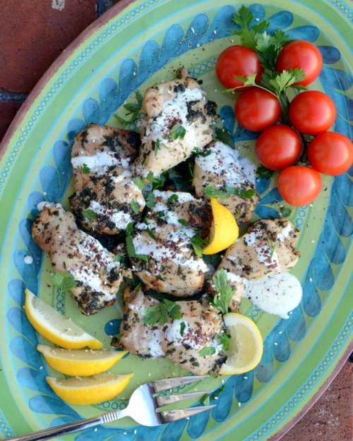 Easy Garlic-Herb Mediterranean Chicken aka Med Chicken ♥ KitchenParade.com, tastes grilled but is cooked under the broiler. A real crowd pleaser!
