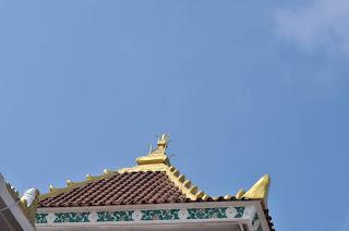 Atap masjid agung palembang