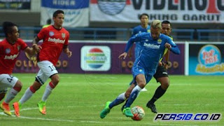 Persib Kalah 1-2 dari Bali United