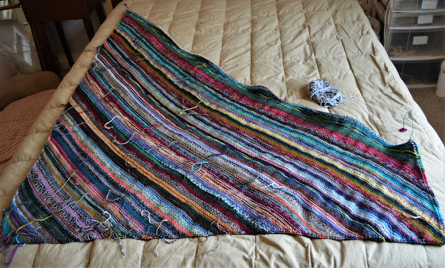 knitting a queen size blanket or afghan with left over fingering weight sock yarn