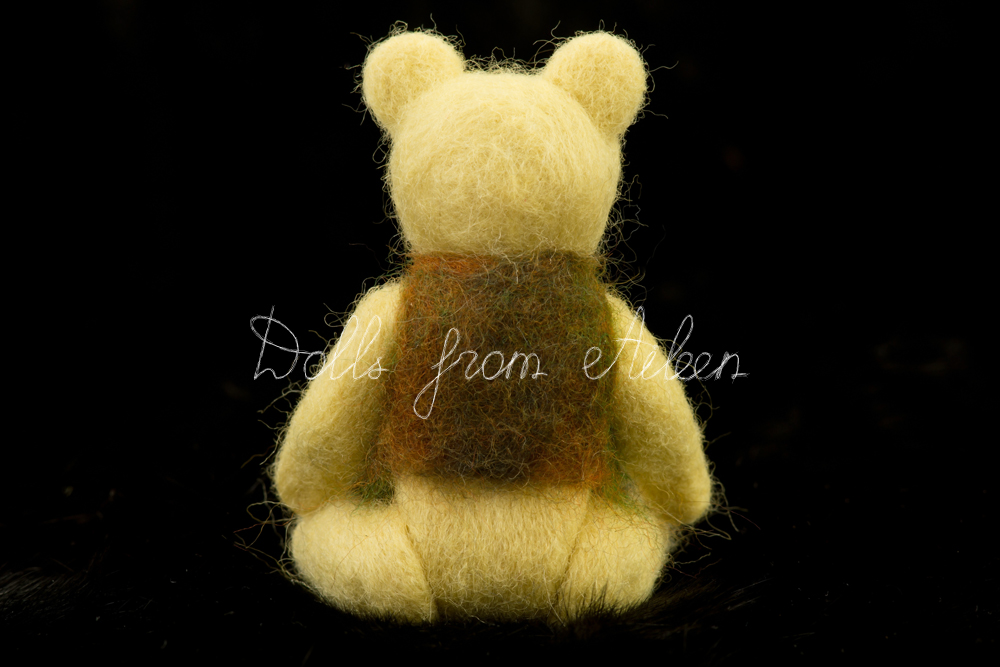 ooak needle felted teddy bear's back