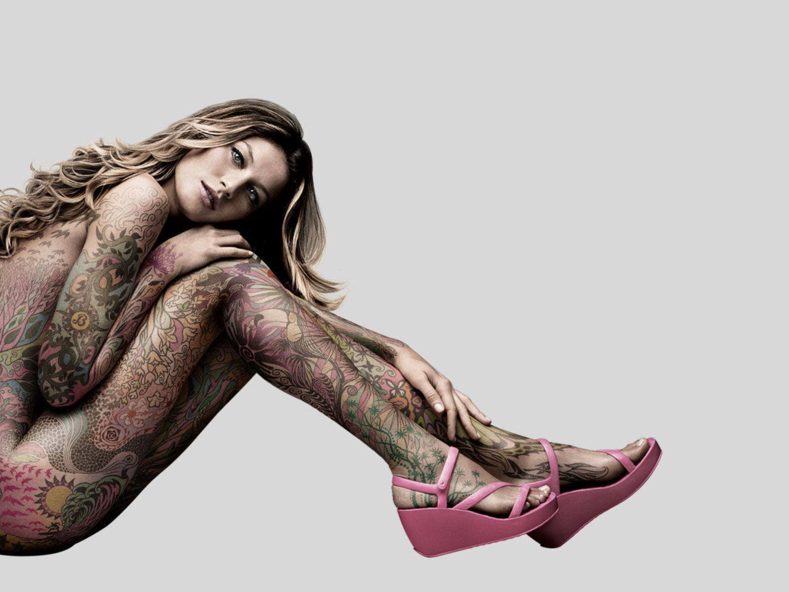 The Toe Cleavage Blog: Nude! - Gisele Bündchen (pt 1)