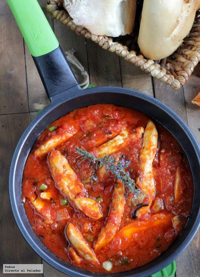 Pollo con tomate y especias all'arrabbiata