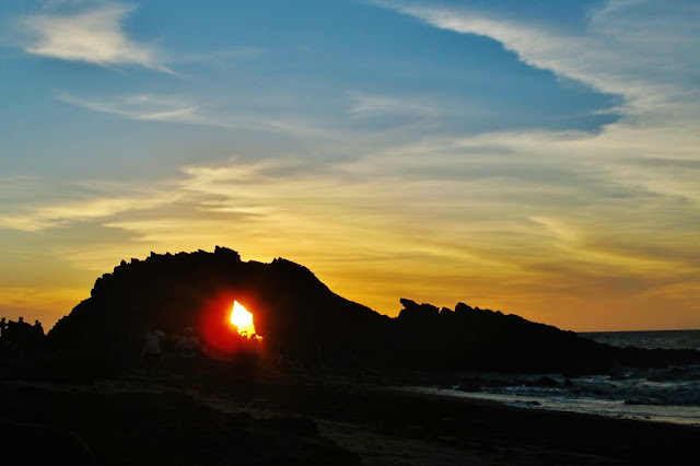 Pôr do Sol na Pedra Furada de Jericoacoara