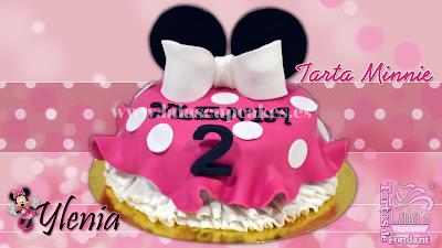 tarta personalizada fondant modelado vestido minnie mouse orejas cumpleaños rosa topos laia's cupcakes puerto sagunto
