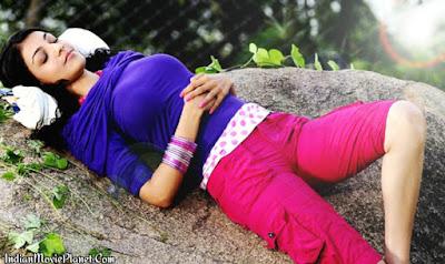 kajal agarwal hot blue dress shorts images wallpapers