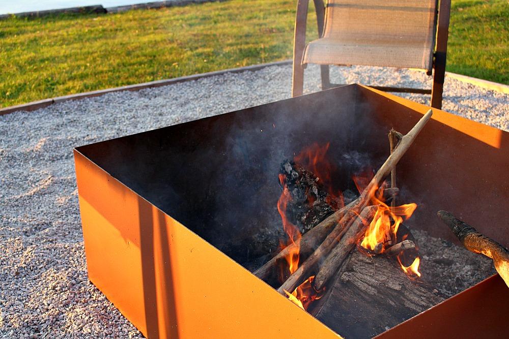 Modern Metal Fire Pit DIY