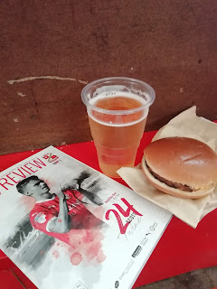 Burger, cider & programme at The County Ground