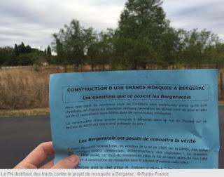 Bergerac (24) : des tracts du Front National contre le projet de construction d'une mosquée dans France tract%2Bfn%2Bmosqu%25C3%25A9e%2Bbergerac%2B