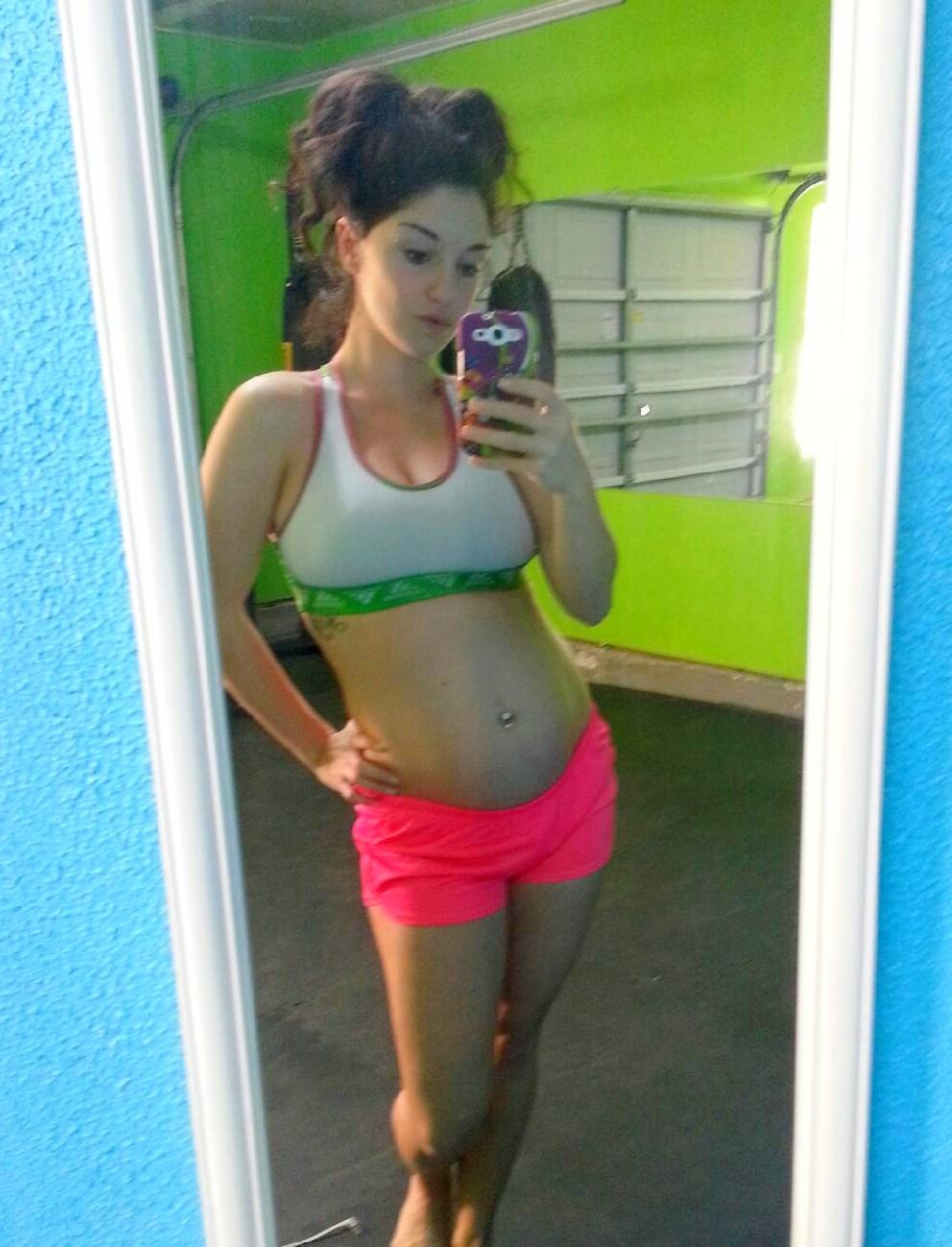 Latina Pregnant Gif 105