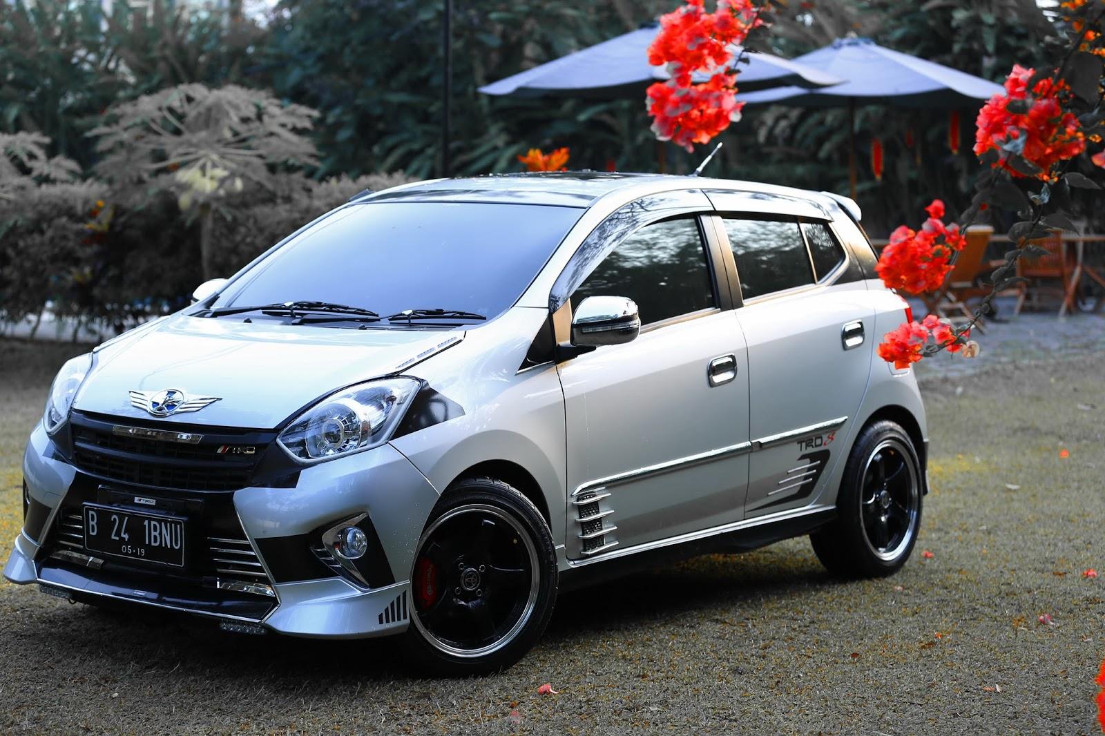 Warna New Agya Trd Yaris Sportivo 2017 Gambar Modifikasi Mobil Tebaru Putih Biru