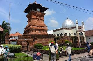 Ketika Banyak Orang Salah Memahami Islam Nusantara