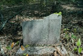 nisan tanpa makam