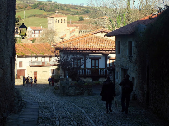 ruta pueblos bonitos de cantabria españa