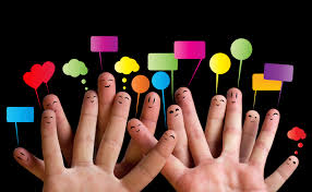 Comunidades en línea: recursos imprescindibles de la época actual