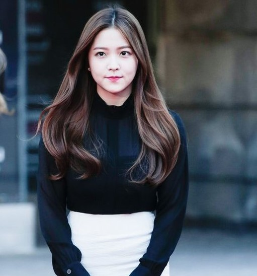 Red Velvet Yeri Hairstyles And Hair Colors  Korean Hairstyle Trends