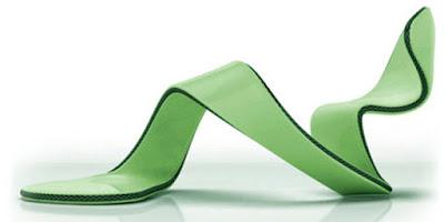 Lima Desain Sepatu Paling Nyleneh di Dunia