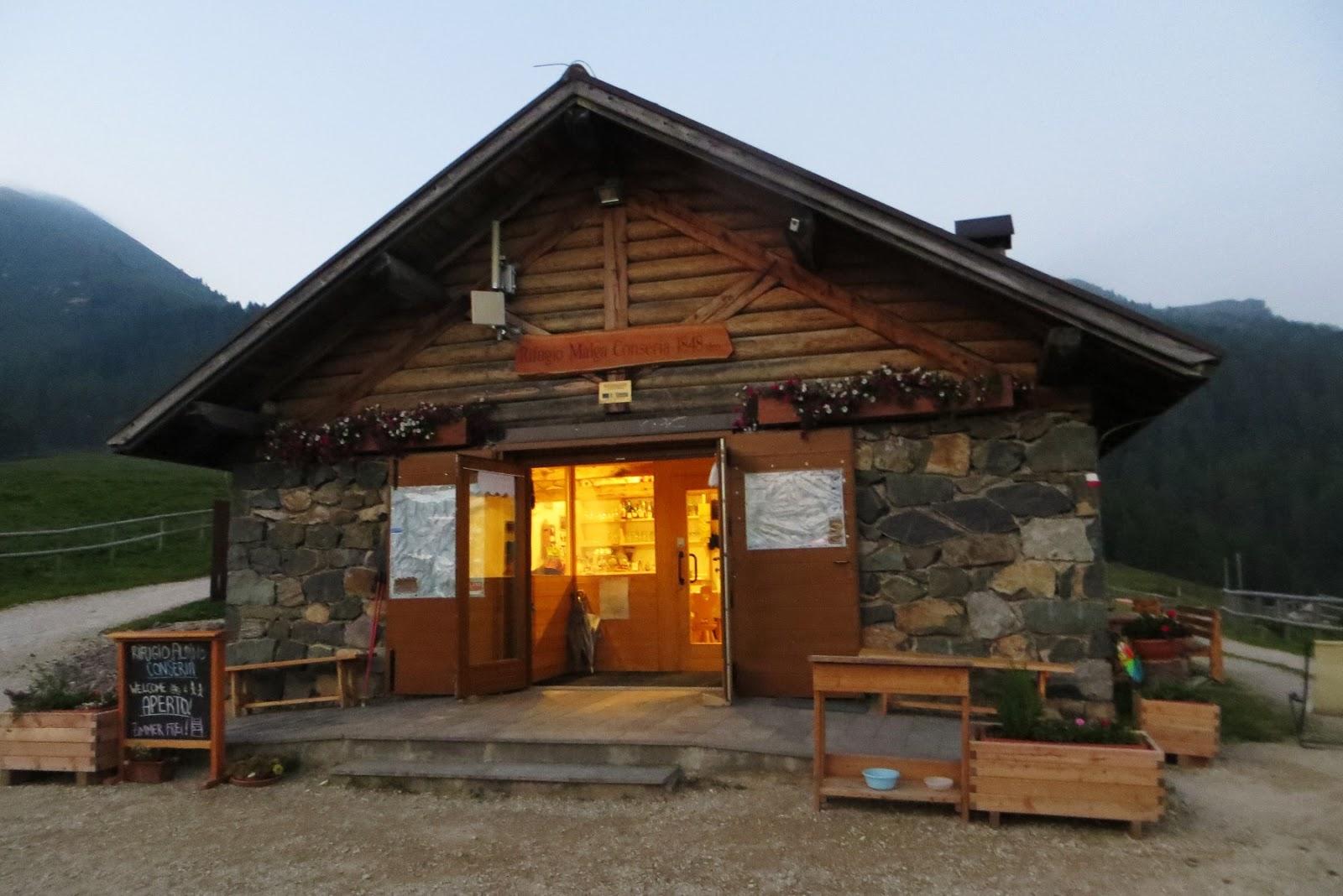 Dormire una notte in rifugio ecco cosa serve for Rifugio in baita di montagna
