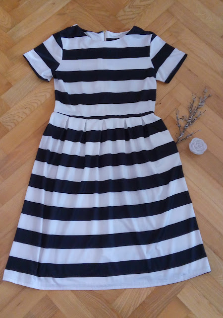 www.gamiss.com/summer-dresses-336/product63840/?lkid=677