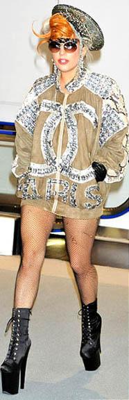 sepatu wanita hak tinggi lady gaga yang super tinggi