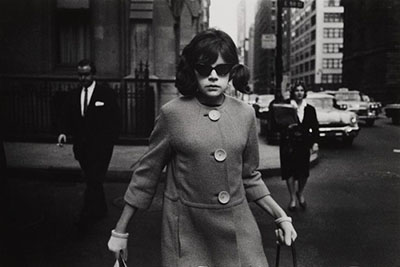 http://zzzze.tumblr.com/post/158175270175/garry-winogrand-untitled-from-the-series-new