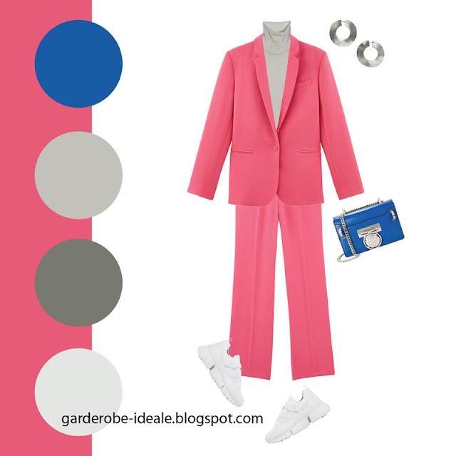 Розовый брючный костюм с водолазкой и кроссовками