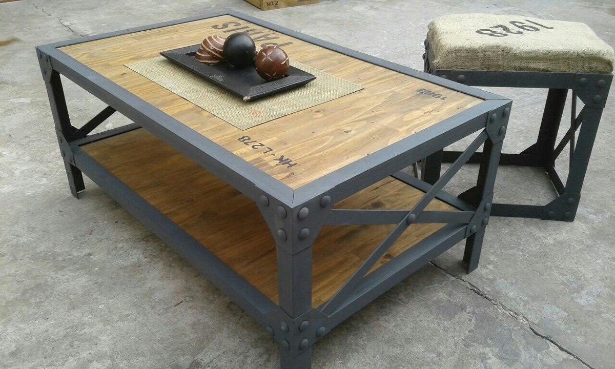 Por qu decorar con muebles reciclados revista for Tacos de madera para muebles