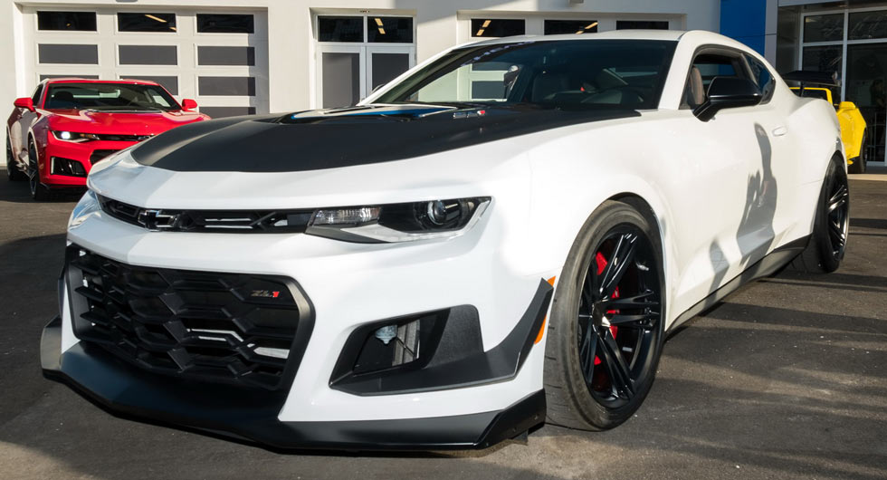 New 2018 Chevrolet Camaro Zl1 1le Puts On Its Tracksuit