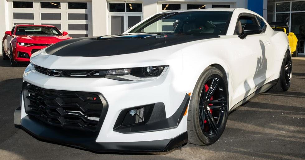 Daytona Dog Track >> New 2018 Chevrolet Camaro ZL1 1LE Puts On Its Tracksuit - Types cars