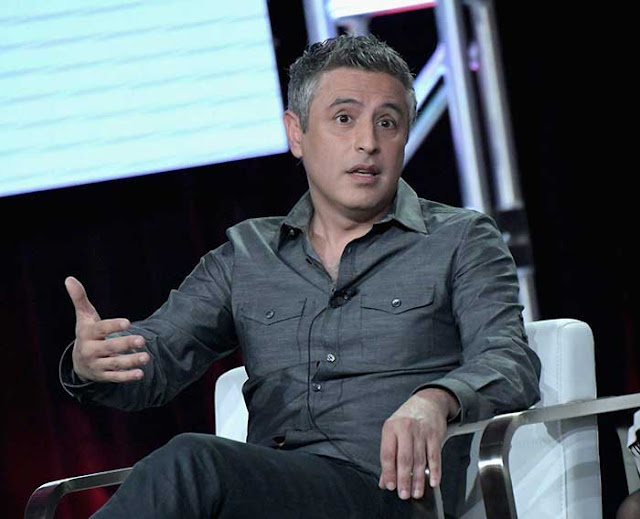 CNN fires Reza Aslan over tweets blasting Trump