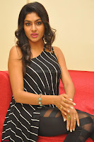 Akshida in Black Tank Top at Kalamandir Foundation 7th anniversary Celebrations ~  Actress Galleries 076.JPG
