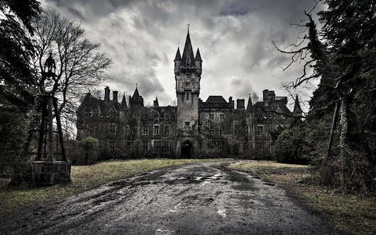 Top 7 Most Haunted Places in the World 2017