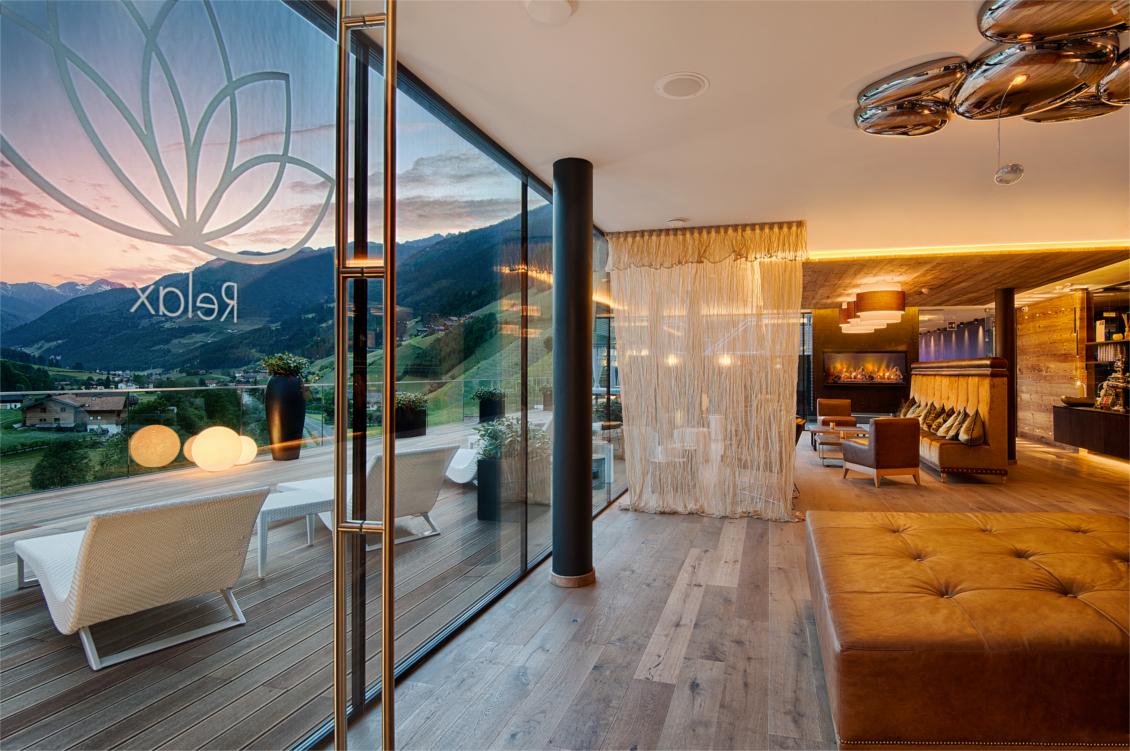 Wellnesshotel Alpenschlössl - Ahrntal Südtirol - Sky Lounge