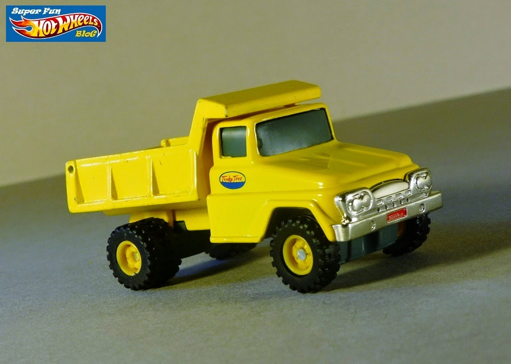 Super Fun Hot Wheels Blog: Tonka Metal Vintage Dump Truck & Fire Rescue