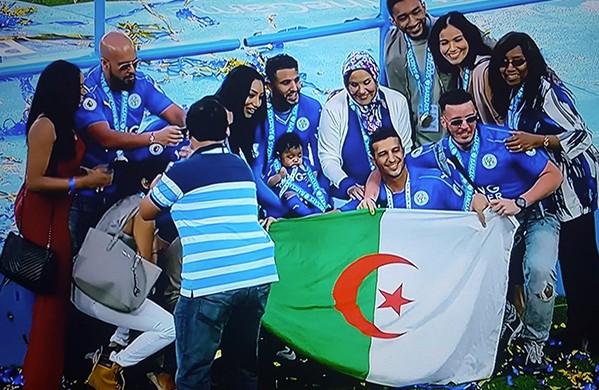 Riyad Mahrez sacré champion d'Angleterre