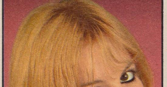 vongestern blog evelyn pack deine schminke ein bravo 1971. Black Bedroom Furniture Sets. Home Design Ideas