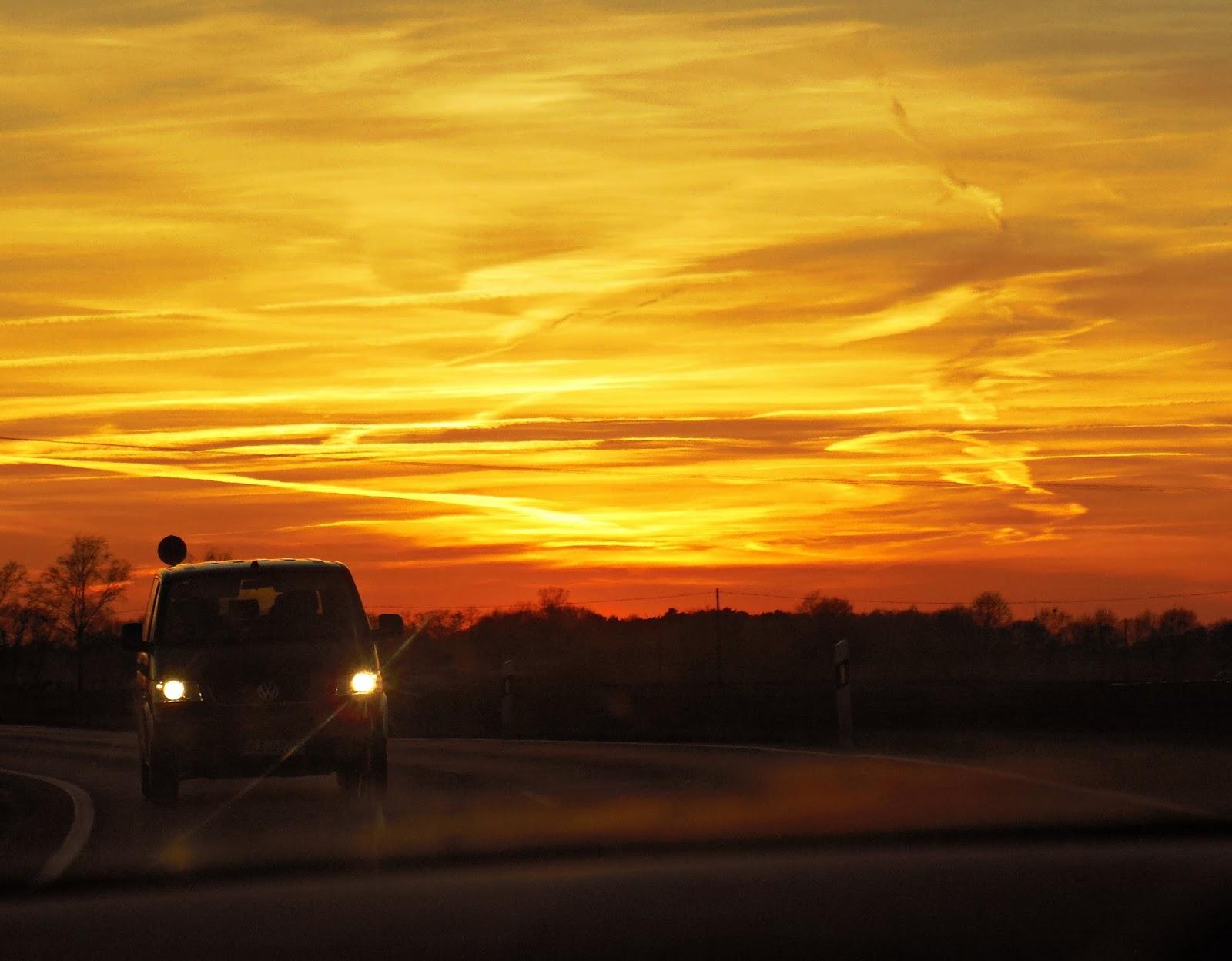 Nadrenia Północna-Westfalia, Borken, Niemcy, zachód słońca, zachód słońca w Niemczech, w drodze