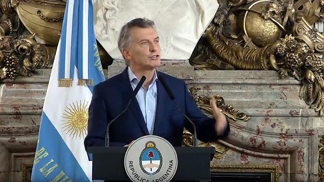 Macri anunció un plan de reducción y reestructuración del Estado