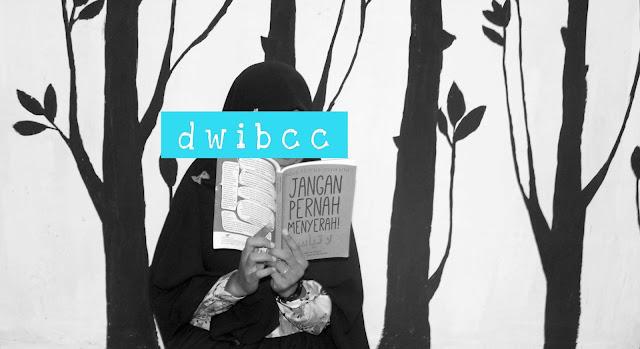 muslimah baca buku